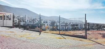 La conceptualisation du projet Aglou Center  a nécessité à l'époque l'introduction d'une nouvelle technique de construction afin d'avoir une vue sur mer pour l'ensemble sans augmenter la hauteur des constructions