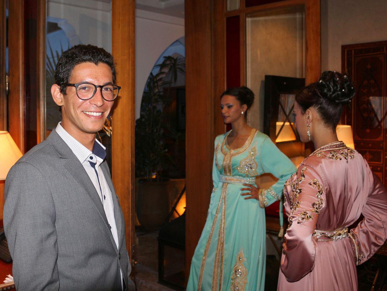 Mais, c'est Mehdi ! Il travaille maintenant à la Villa Blanche !