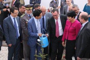 sur le site d'Haliopôle à Agadir, l'usine Massilly, filiale du groupe français Massilly, l'un des leaders mondiaux de l'emballage métallique. L'usine a été inaugurée le 16 février en présence de Mme le Wali de la Région Souss Massa et du président du groupe, M. Thomas Bindschedler.